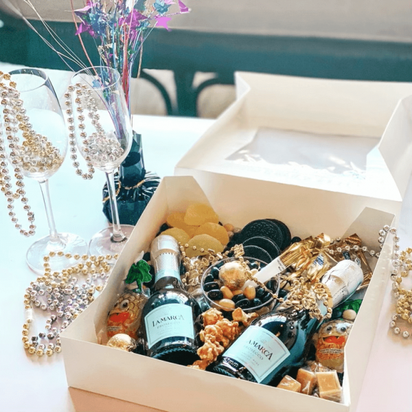 Things To Do On New Years Eve: Charcuterie Party Box